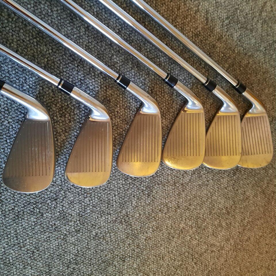 Stål golfjern, Wilson D 100