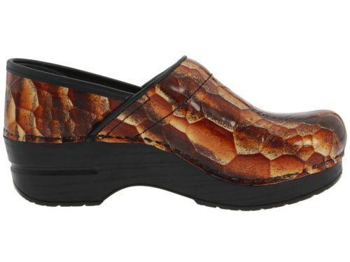 Dansko Professional braun Tan Tigers Eye Patent Leather Leather Leather Clogs schuhe 37 US 6.5 7 05aba4