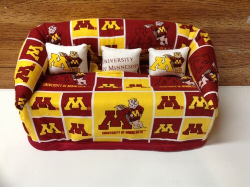 University of Minnesota Gophers Sofa Couch Tissue Box Cover With Little Pillows