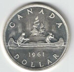 CANADA-1961-VOYAGEUR-SILVER-DOLLAR-QUEEN-ELIZABETH-II-800-CANADIAN-SILVER-COIN