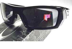 9ecc79aa0d NEW  Oakley GASCAN POLARIZED Grey lens in Black Frame Sunglass 12 ...