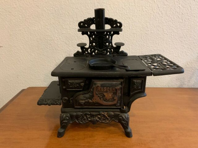 Salesman Sample of Cast Iron Stove by Crescent