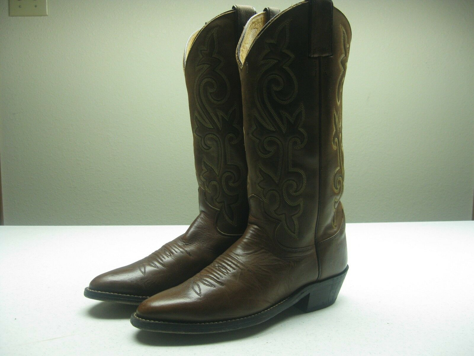 VINTAGE BROWN LEATHER JUSTIN SIZE 7 D WESTERN COWBOY ROCKABILLY BOOTS