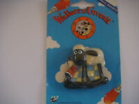 wallace and gromit 3D fridge magnet shaun in treacle on blue card BNIP