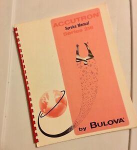 Mint-condition-vintage-Bulova-Accutron-watch-218-Technical-Service-Manual-1969