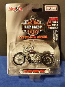 Maisto-diecast-Harley-Davidson-2001-FXSTS-Springer-Softail-Motorcycle-1-24-NIB