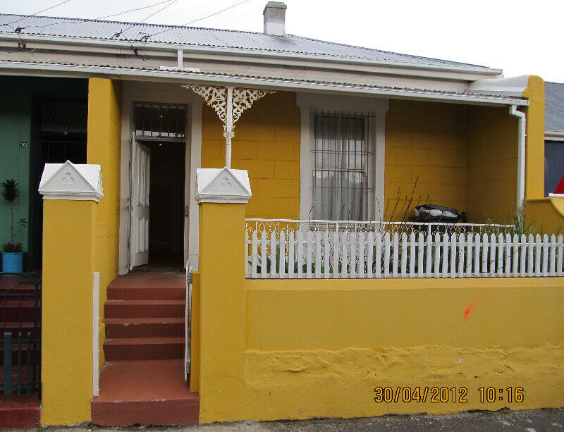 Observatory, 2 bed, 1 bath Victorian house (Roch100)