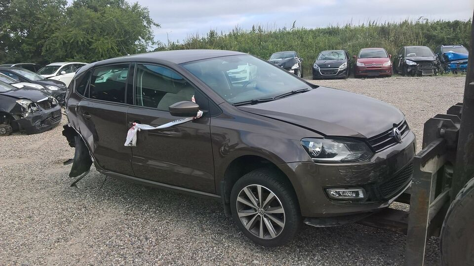 vw polo, årg. 2013, km 182000