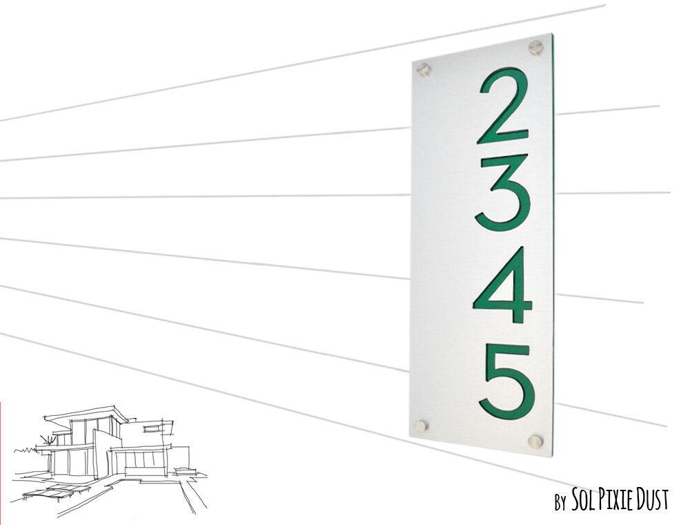 Modern House Numbers, Alucobond - Grün Acrylic - Grünical 2 -Contemporary home