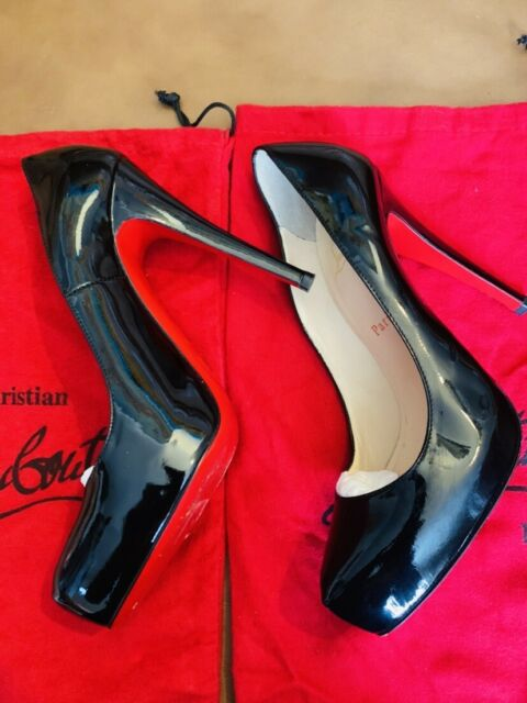 official photos d01b4 f96d9 Pre-owned Christian Louboutin Patent Leather PUMPS (black Leather)