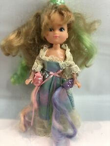 VINTAGE-1986-THOSE-CHARACTERS-FROM-CLEVELAND-LADY-LOVELY-LOCKS-RAINBOW-HAIR-DOLL