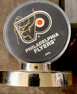 NHL-BERNIE-PARENT-AUTOGRAPHED-Signed-Philadelphia-FLYERS-Puck