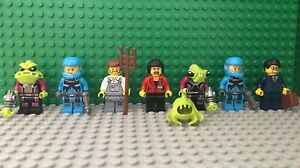Lego MInifigures Lot Aliens Dragon Elves ADU