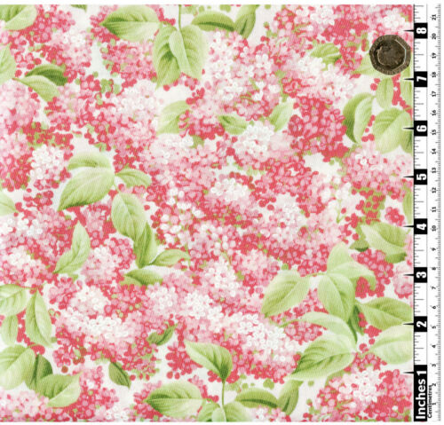 Quilting Fabric Pink Lilac Flowers Cream Background Fat Qs 100/% CottonPIF6