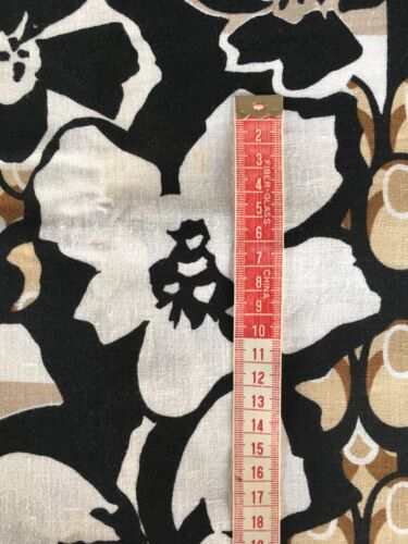 Titre en gras Imprimé Floral Lin Mélange Tissu beige//noir//blanc 3 m disponible