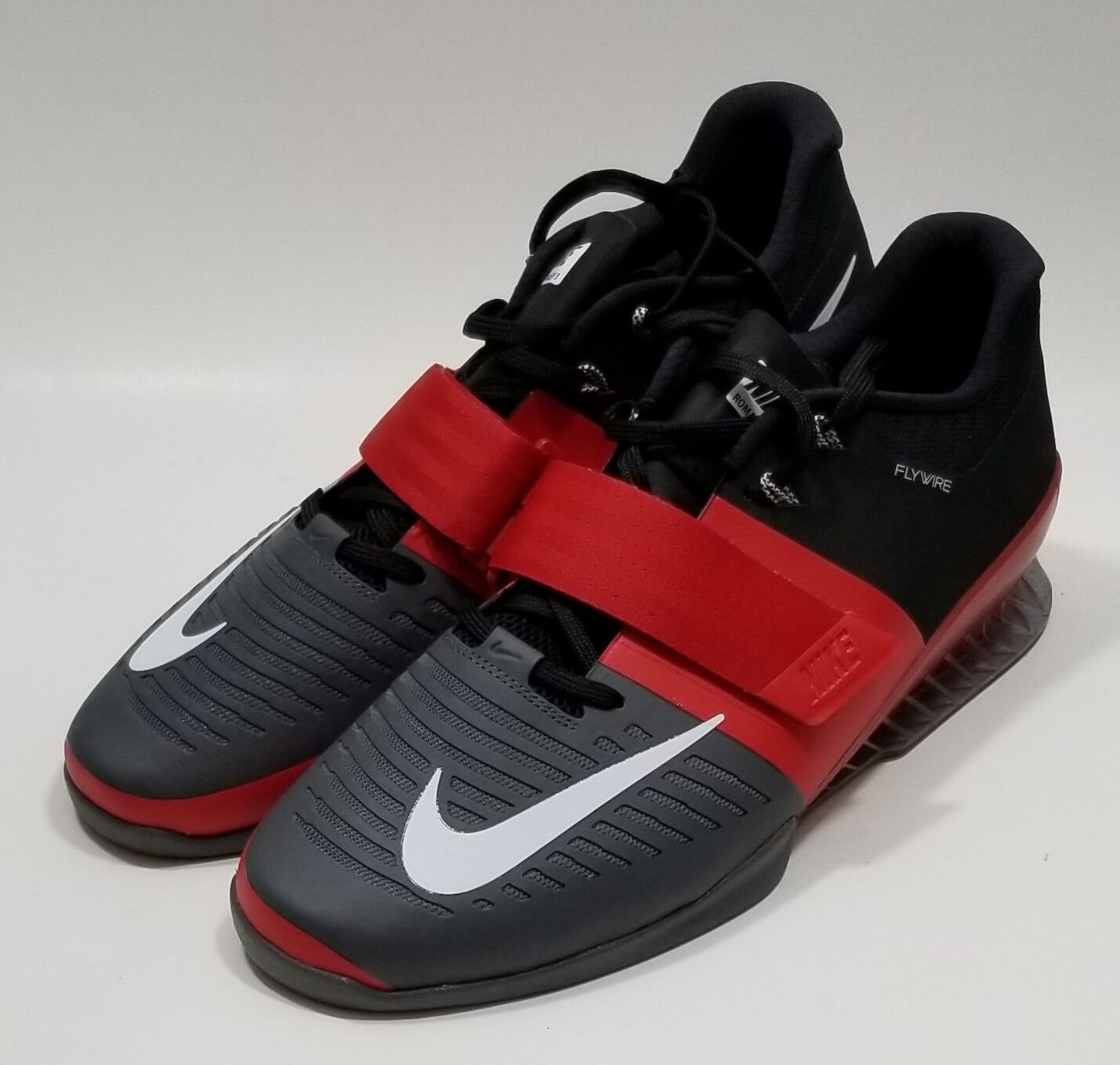 ff3931719a3d4e Nike Romaleos 3 Red Black Banned Lifting Mens Mens Mens Powerlifting  Workout 2018 Size 15 d42525