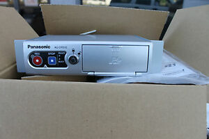 NEW-PANASONIC-AG-CPD15-MEMORY-CARD-VIDEO-RECORDER-WITH-CABLE-KIT-Arbitrator