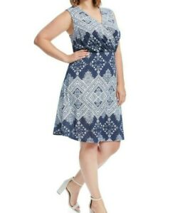 Renee-C-Sleeveless-Surplice-Navy-And-White-Print-Fit-And-Flare-Dress-Size-L