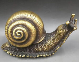 CHINESE-BRASS-HAND-CARVED-snail-statues