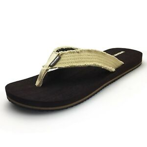 47e8fb8198e6 URBANFIND Men s Flip Flops Canvas Thong Sandals Flat Slide On ...