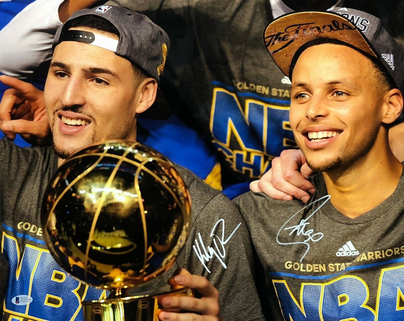 Stephen Curry & Klay Thompson Signed Warriors Championship 16x20 Photo BAS 39799