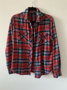Unisex BDG red plaid button down shirt size medium two front pockets