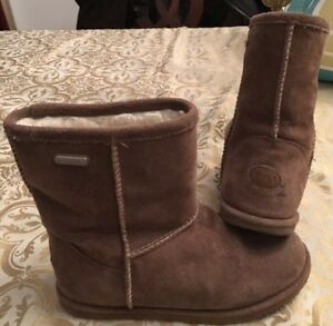 1bc571bae26 Details about EMU toddler girl boots size 3 Brumby Lo Oak(brown) waterproof  suede wool lined