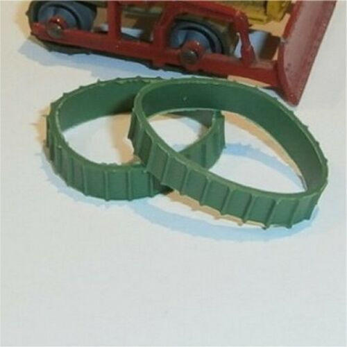 Matchbox Lesney  8 /& 18 Caterpillar Bulldozer A//B Short Green Tracks Treads