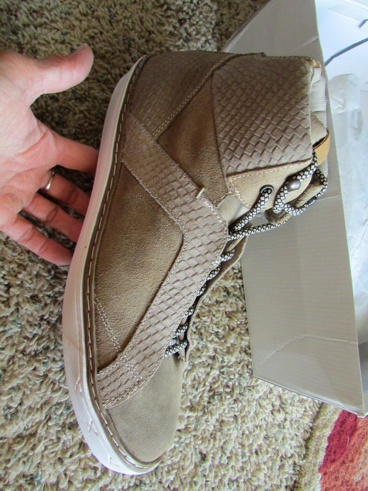 NEW STEVE MADDEN BOWNE TAN SUEDE CHUKKA BOOTS ANKLE BOOTS Uomo 13