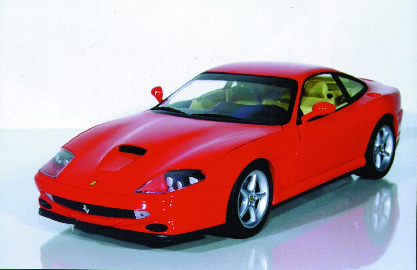 1 18 UT modelos Ferrari 550 Maranello rosso, argento