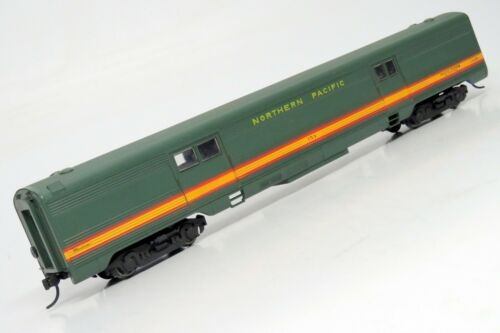 HO Athearn NORTHERN PACIFIC Streamlined 72/' Baggage Passenger Car NP #153 KD//IOB