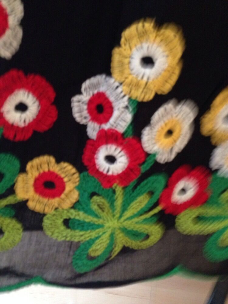 EUC Anna Sui Collection - Vintage Embroidered Skirt - Midi - Mexican- Size 12