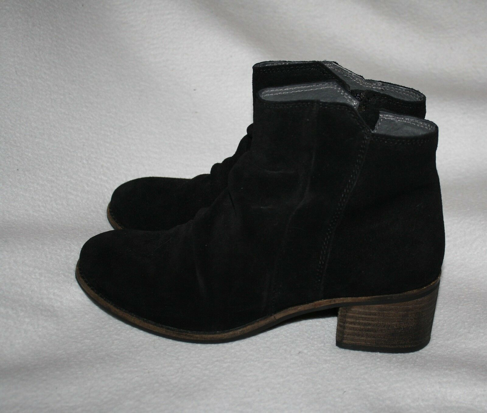 Women Seychelles Hawthorne Black Suede Leather Ankle Zip  Boot Shoe Size 8.5 M