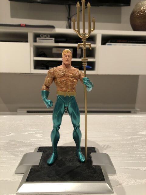 DC Direct Justice Aquaman figure