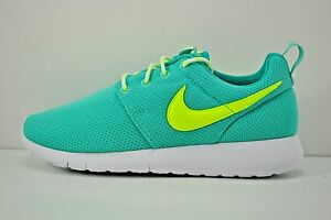 new product 8d0c9 b8e87 Image is loading Nike-Roshe-One-GS-Running-Shoes-Youth-Size-