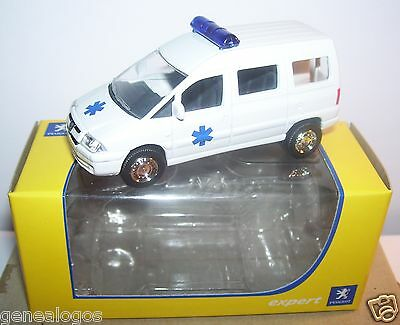 NOREV 3 INCHES 1//54 PEUGEOT EXPERT AMBULANCE IN BOX