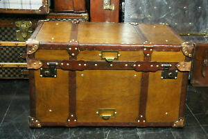 Vintage-Tan-Leather-Coffee-Table-Chest-Trunk-with-Antique-leather-Trim
