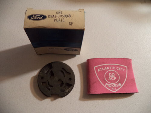 FORD D8AZ-3D590-B PLATE