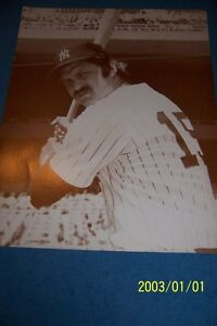 1970's NEW YORK Yankees THURMAN MUNSON 11 X 14 SEPIA PHOTO Free Shipping #15