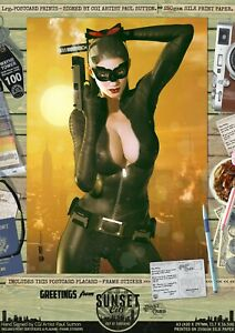 Catwoman-Anne-Hathaway-Cat-TDKR-Sexy-039-Sunset-City-039-Comic-Series-Signed-Art-Print