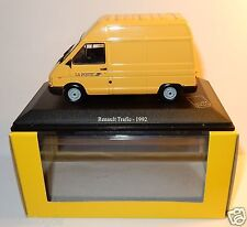 RARE UNIVERSAL HOBBIES RENAULT TRAFIC 1992 POSTES POSTE PTT 1/43 in luxe BOX
