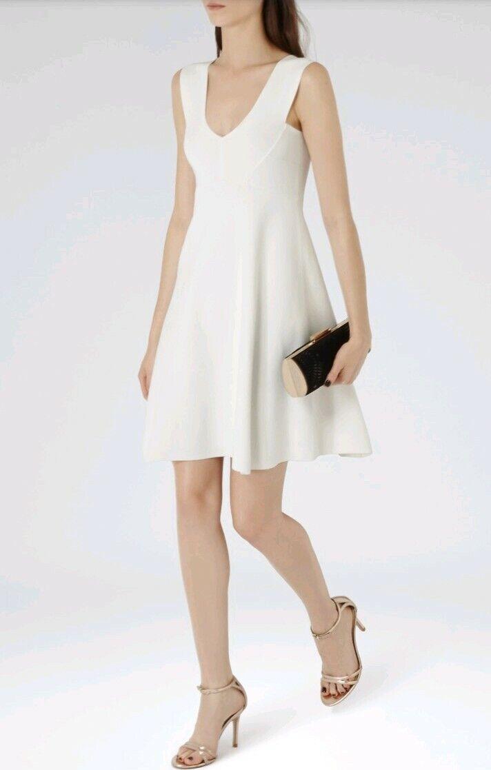 Designer REISS Jamie knitted dress Größe 4 14 --BRAND NEW-- Weiß pinafore v-neck