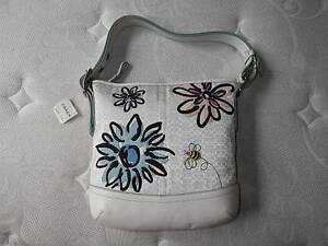 NWT Coach Signature White C Floral Flower U0026 Bee Duffle Crossbody Tote Bag Purse | EBay