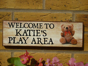 PERSONALISED-GARDEN-SIGN-PLAY-AREA-SIGN-KIDS-SIGN-OWN-NAME-OWN-WORDING-TEDDYBEAR