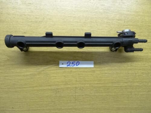 Einspritzleiste VW Passat 35i  037133317N BOSCH Kraftstoffdruckregler 0280160557