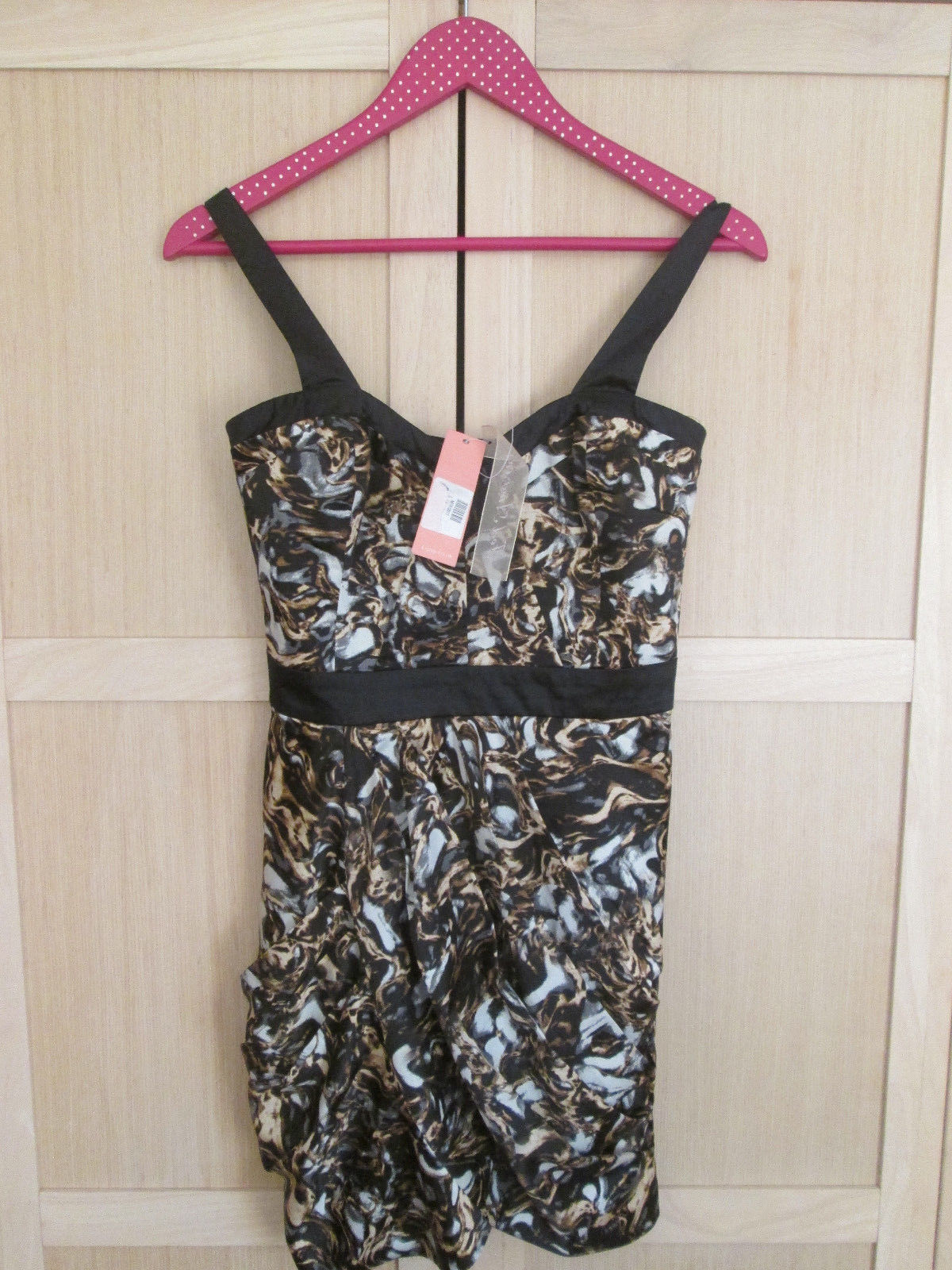 Ladies LIPSY LONDON DRESS UK SIZE 10 NEW WITH TAGS RRP