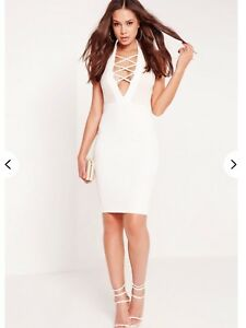 b86fbad2fcbc Image is loading Missguided-White-Halter-Neck-Bodycon-Dress-Size-8