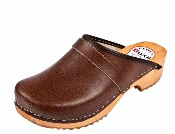 Uomo  Wooden  leather clogs Brown color