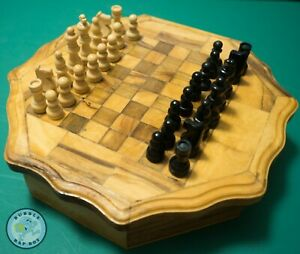 VINTAGE-CHESS-SET-GAMES-COMPENDIUM-DRAUGHTS-SOLITAIRE-DOMINOES