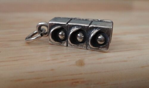 Sterling Silver 3D 18x6mm conduite de trafic stop light charme